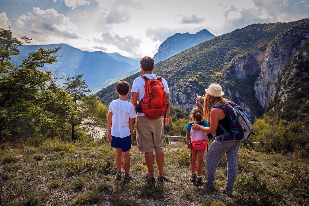 activite-de-pleine-nature_loisirs_randonnee_office-tourisme_alpesdazur_2018clement-lelievre