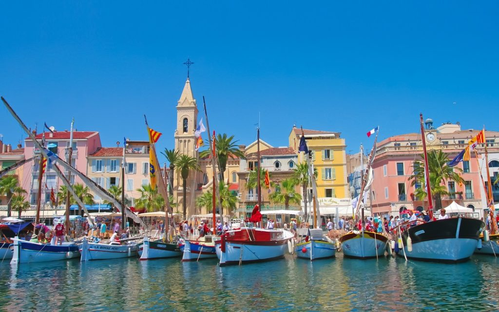 ville-de-sanary-sur-mer-le-port-de-sanary_site-intenet-apidae-office-tourisme
